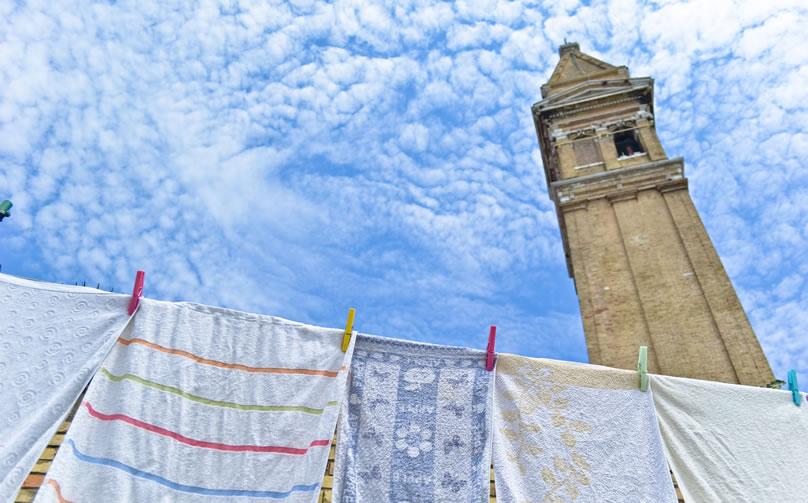 Il Campanile di Burano, simbolo dell'isola